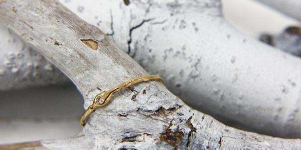 hirondelle(イロンデール) hr-6-8-116 ドロップダイヤリング
