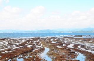 白浜の海と空