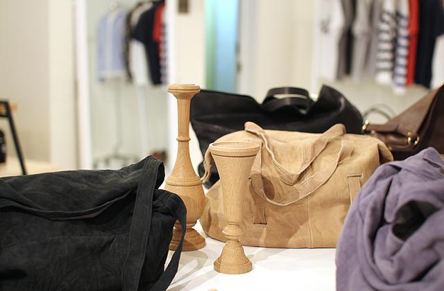 EHS実店舗にて SEASIDE FREERIDE(シーサイド・フリーライド)のバッグたち