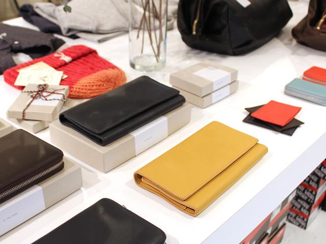 CARRE ROYAL(カレ・ロワイヤル)の財布など