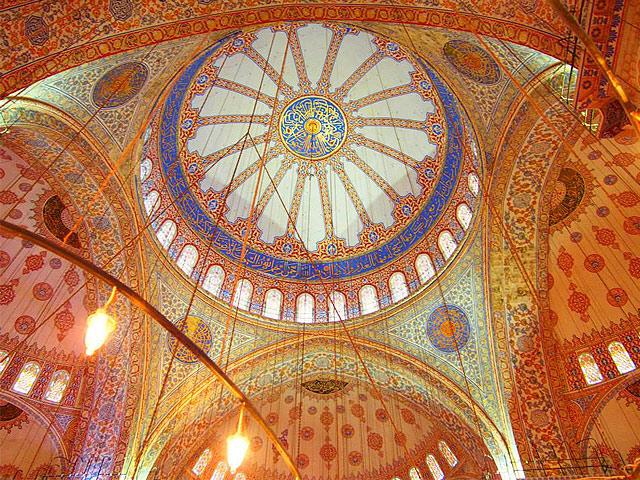 ブルーモスクの天井の装飾